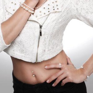 Bellypiercing Surgical Steel 316L Black PVD-coating Synthetic Pearls