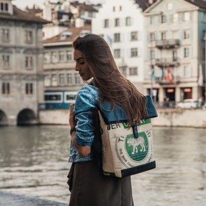 elephbo Tasche Recycelter Zementsack aus gewebtem Kunststoff Kunstleder Raubkatze Tiger Löwe